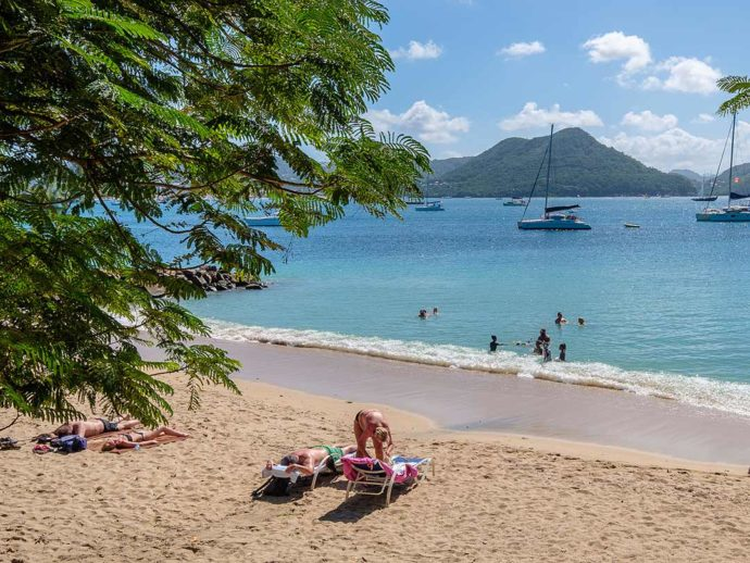 10 Best St Lucia Beaches That You Need To Explore